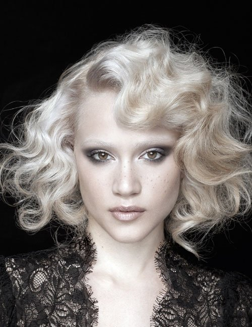 Free 30 Best Short Curly Hairstyles 2012 2013 Short Wallpaper