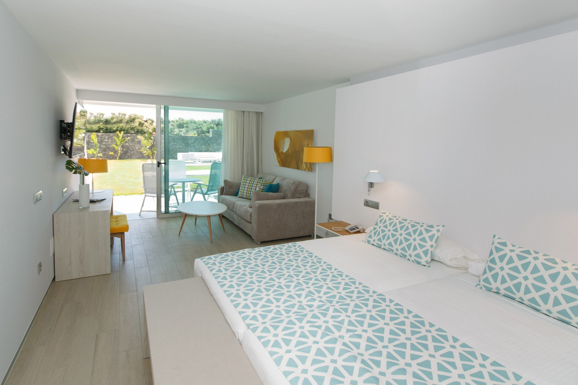 Best Accessibility Santa Mónica Suites Hotel With Pictures