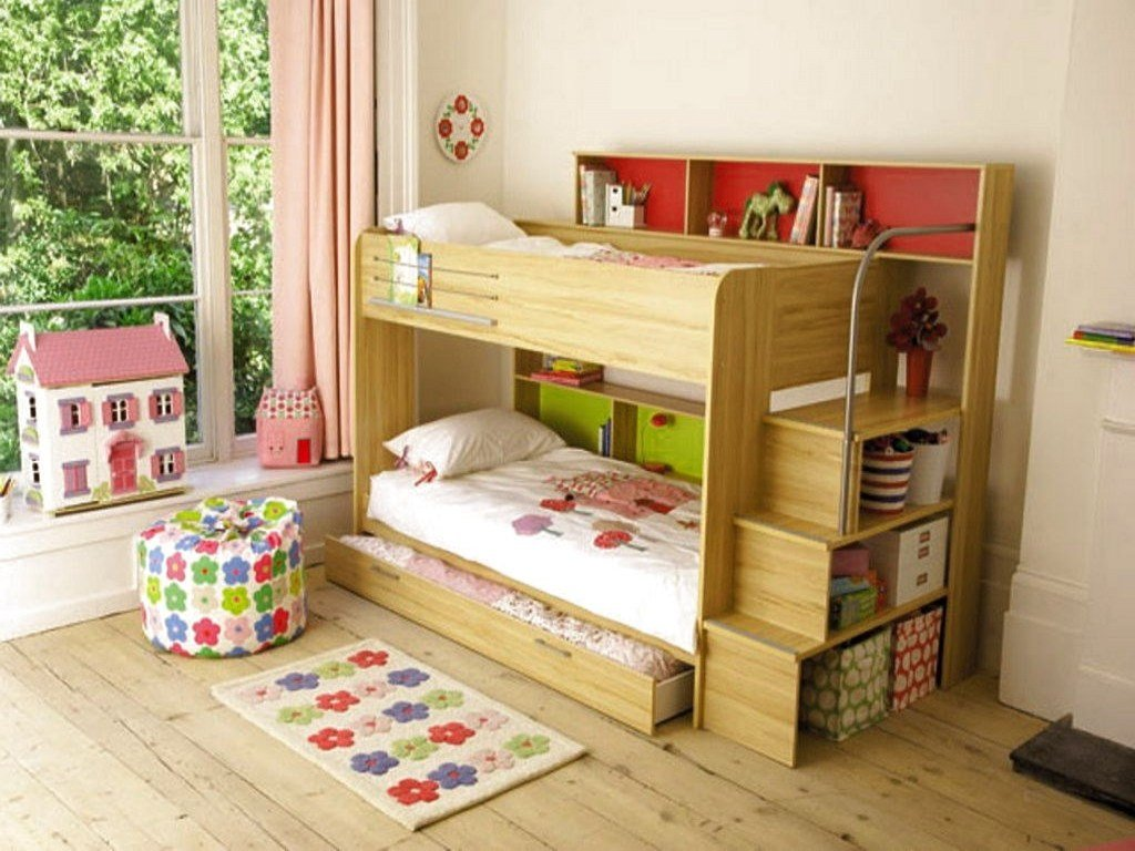 Best Beds For Small Room Bunk Room Ideas Bunk Beds Small Room With Pictures