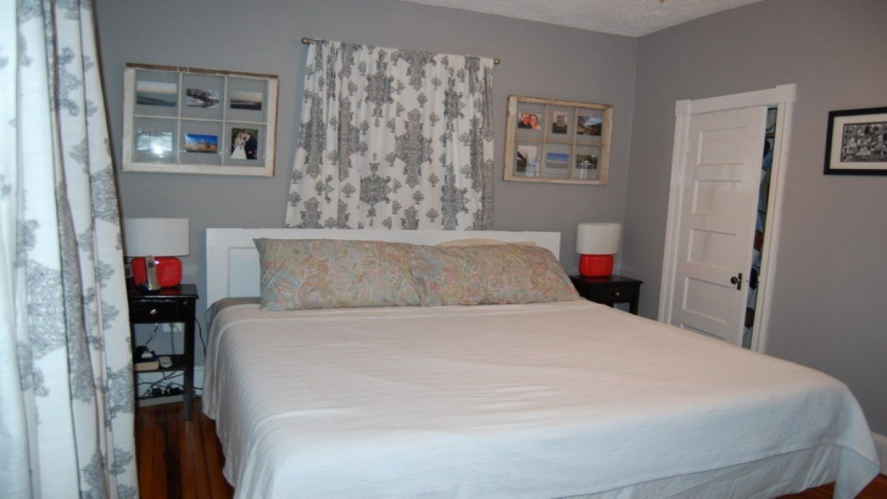 Best Good Colors For Small Bedrooms Small Bedroom Paint Color With Pictures