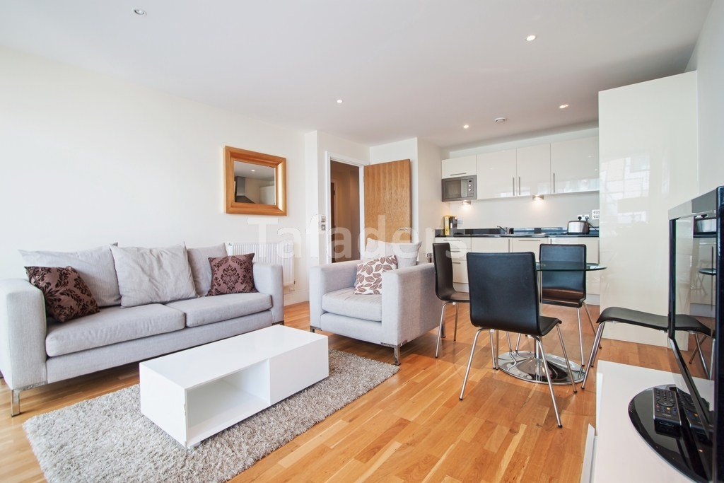 Best 1 Bedroom Flat Canary Wharf With Pictures - November ...