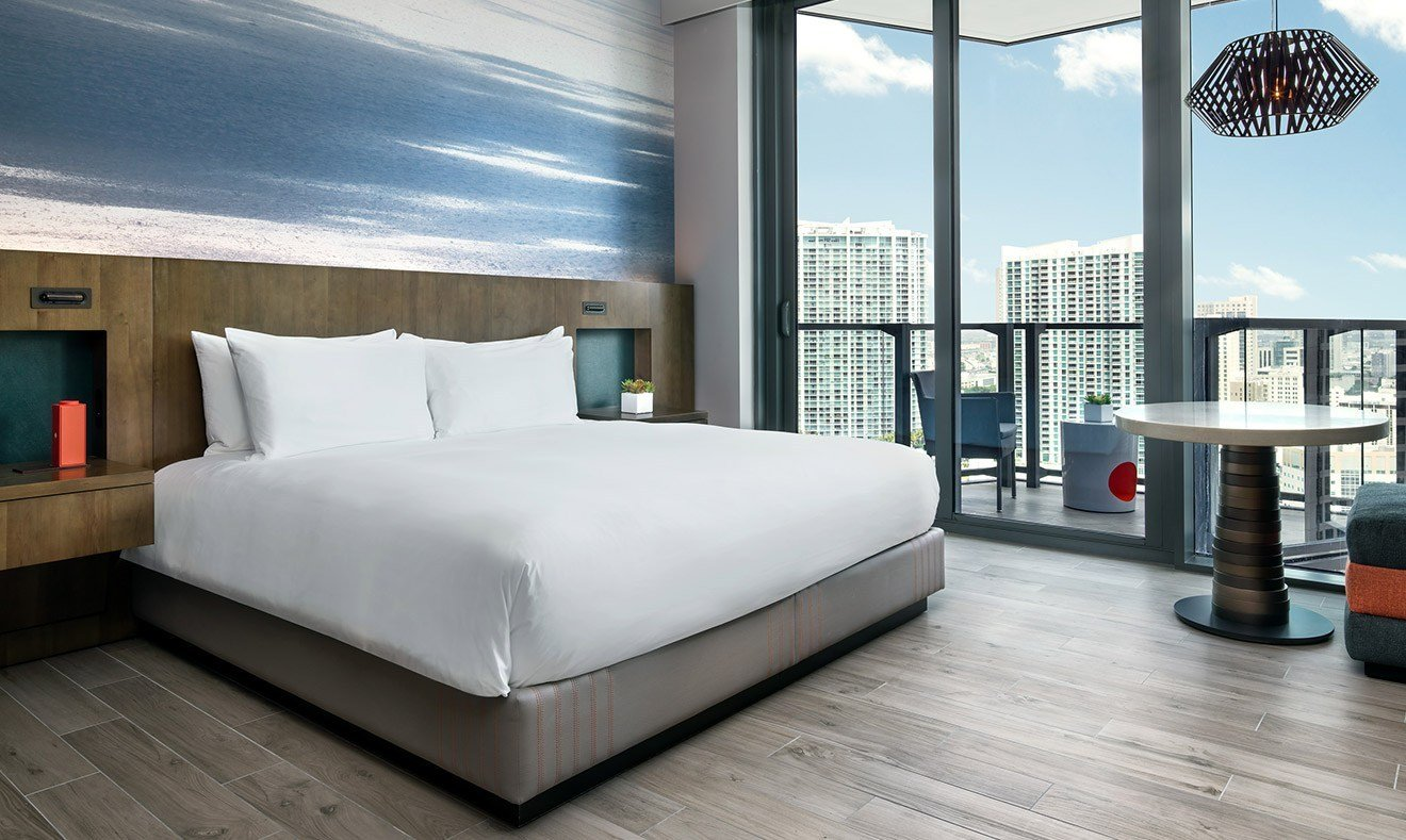 Best Urban King Book A Hotel Room In Miami East Miami With Pictures