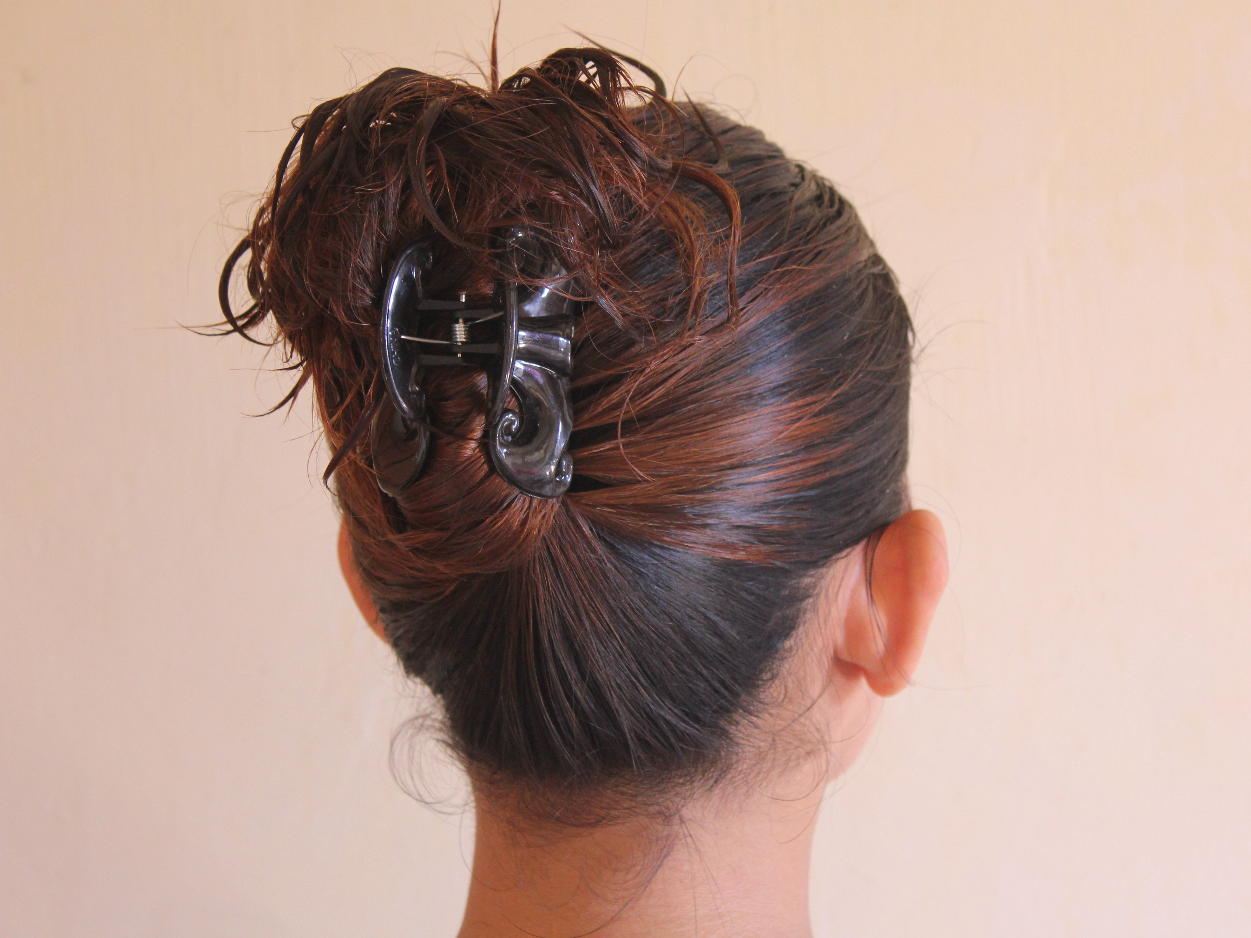 Free 4 Ways To Put Your Hair Up With A Jaw Clip Wikihow Wallpaper
