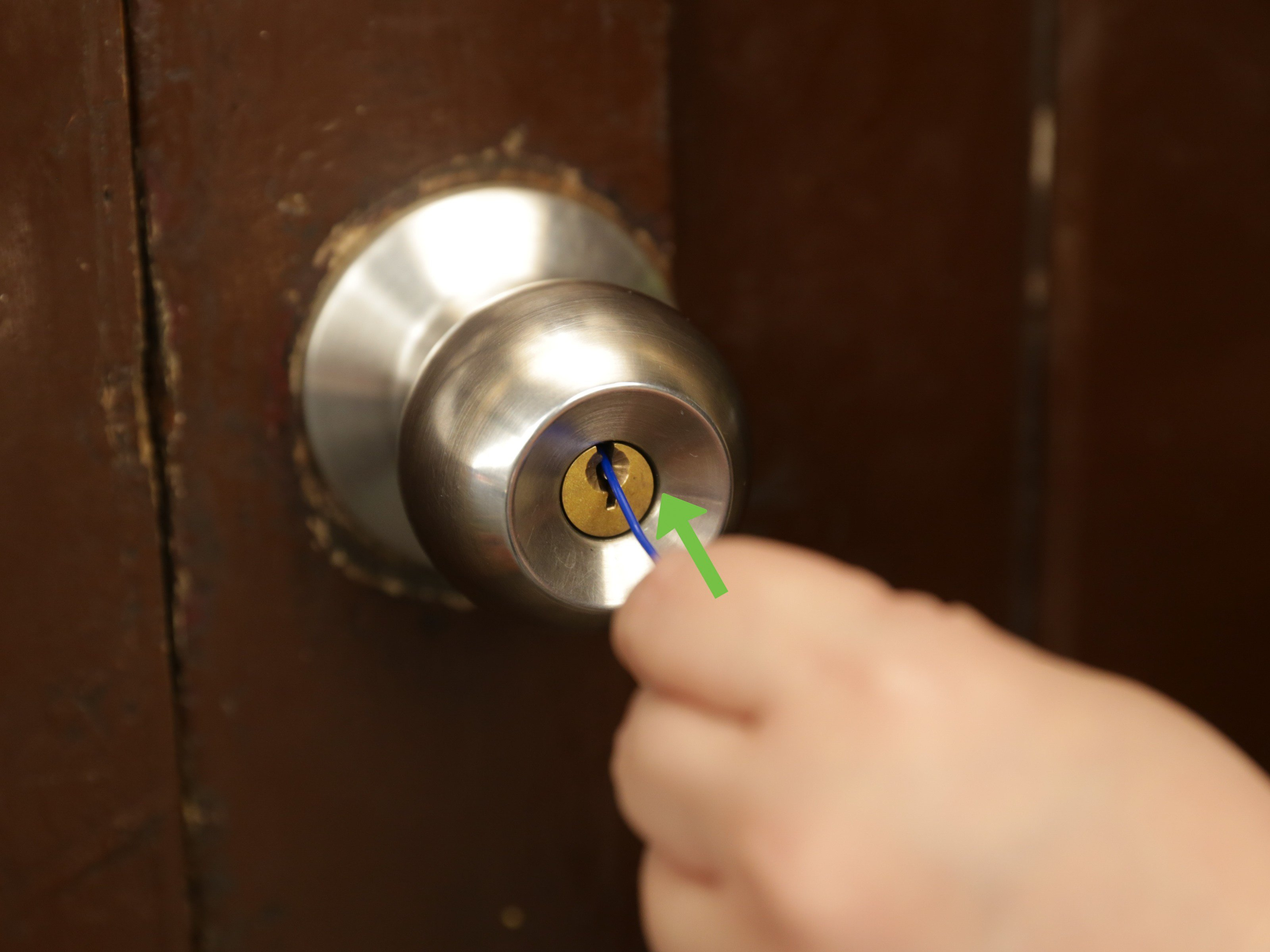 Best 3 Ways To Pick Locks On Doorknobs Wikihow With Pictures