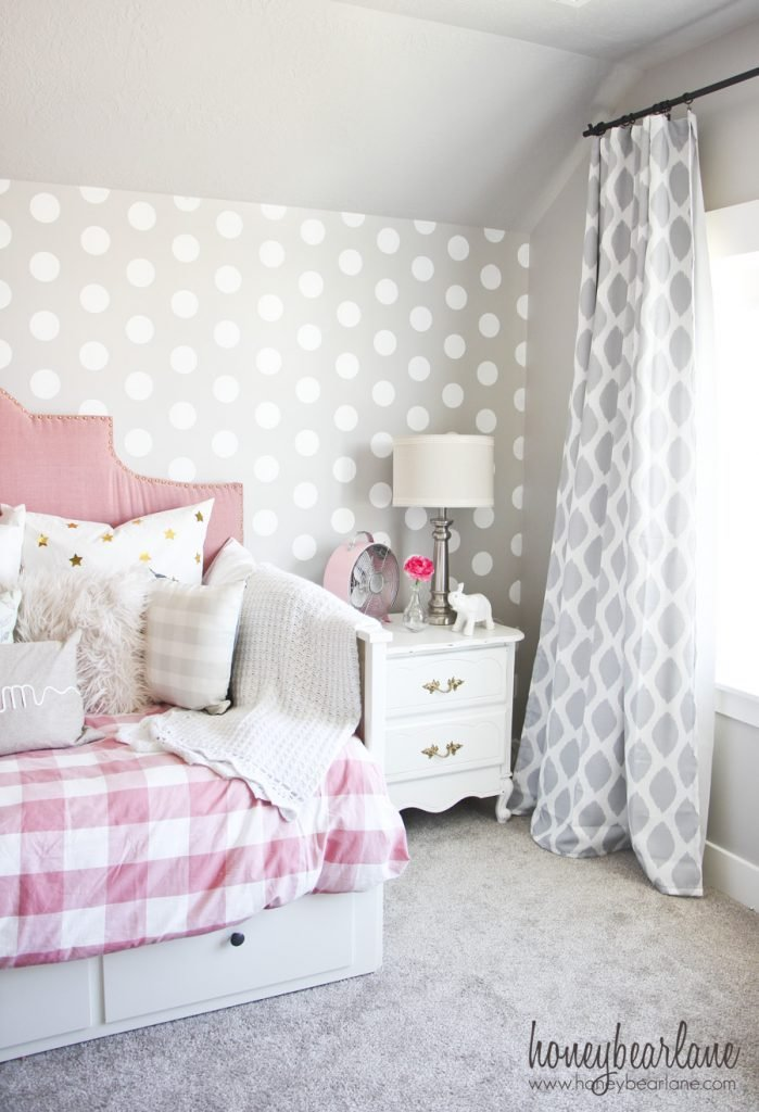 Best Pink And Gray Girl S Bedroom Honeybear Lane With Pictures