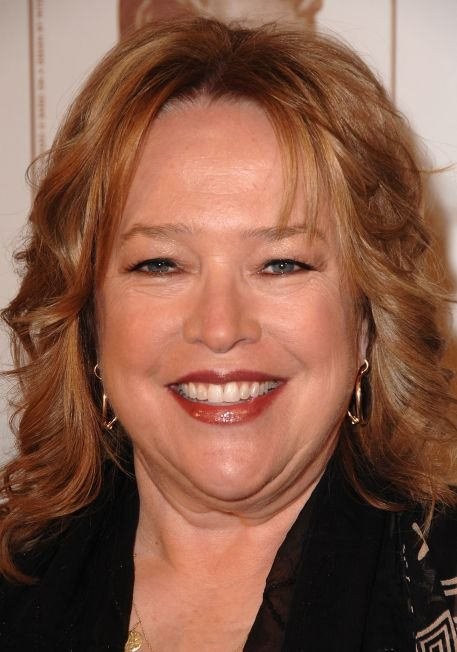 Free Kathy Bates Wallpaper