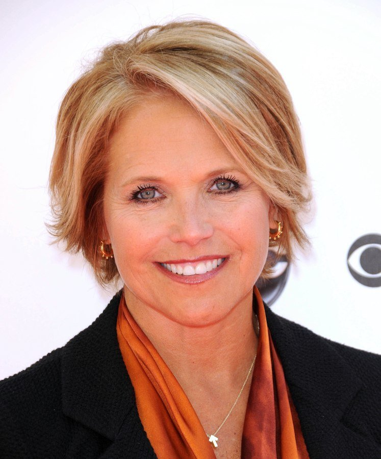 Free Katie Couric With Short Hair For A Professional Look Wallpaper