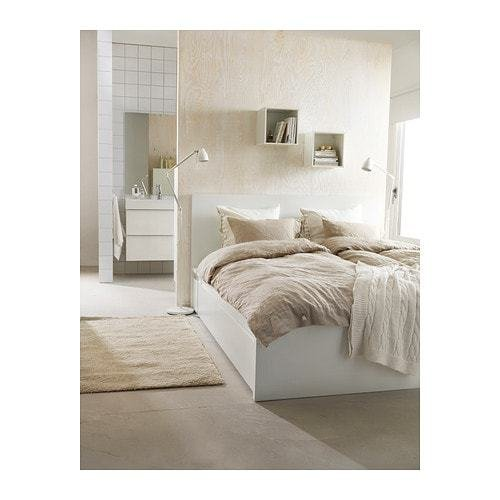 Best Our Minimalist Bedroom Makeover Plans It Keeps With Pictures