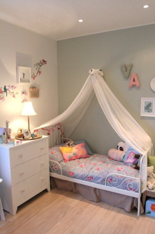 Best Nice And Gentle Bedroom For A Six Year Old Girl Kidsomania With Pictures