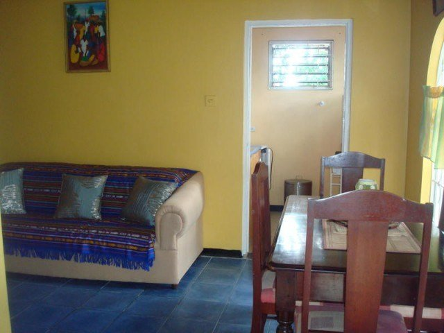 Best New Kingston 1 Bedroom Apartment Haining Mews Kingston With Pictures