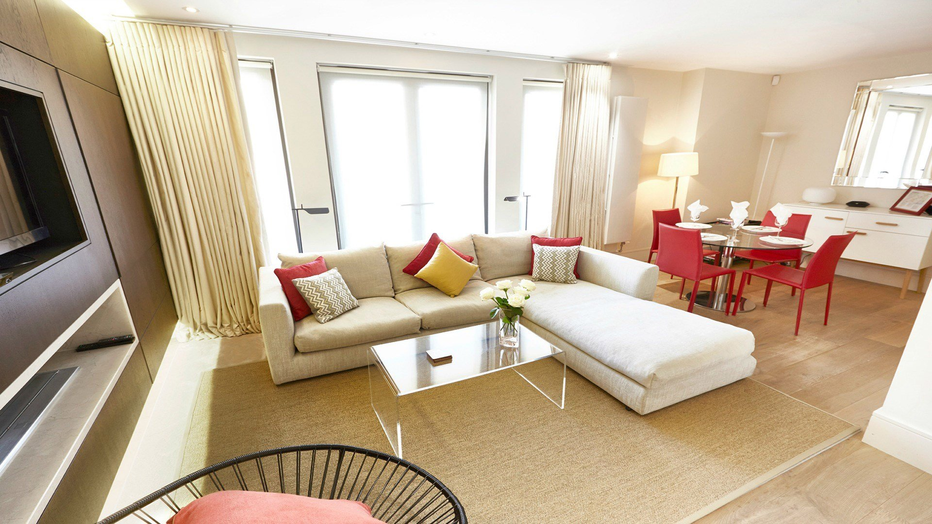 Best 2 Bedroom 2 Bathroom Vacation Apartment In Chelsea London With Pictures
