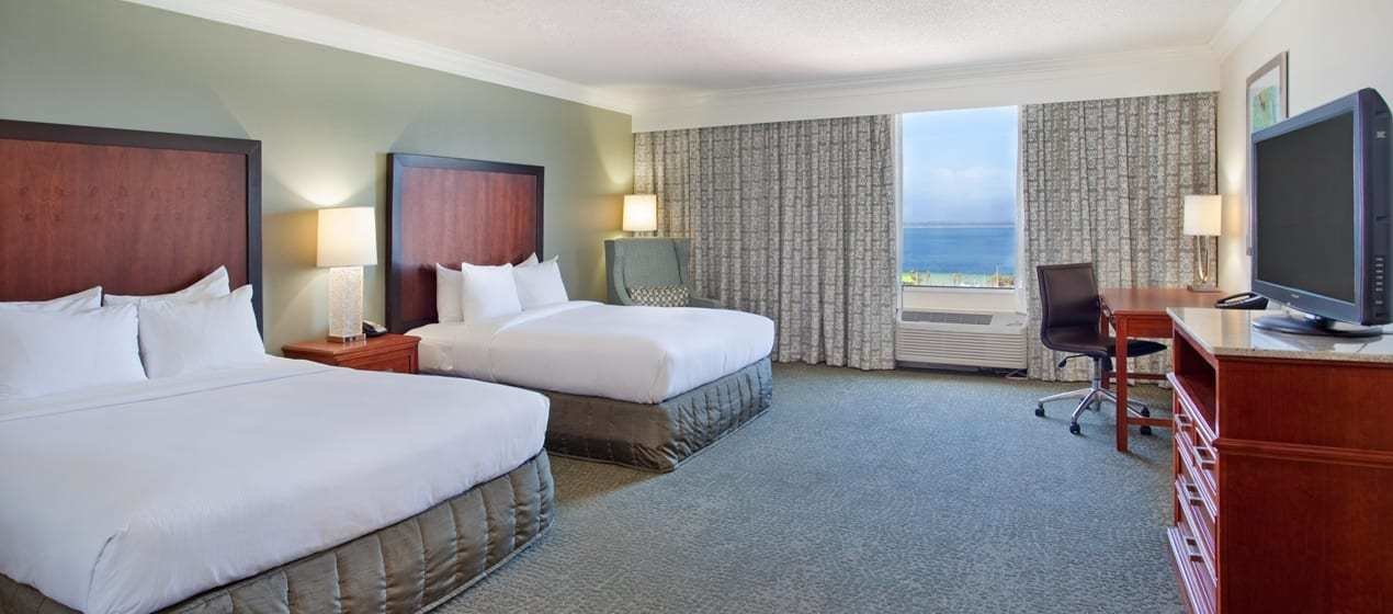 Best Hilton Pensacola Beach Hotel Rooms And Suites With Pictures