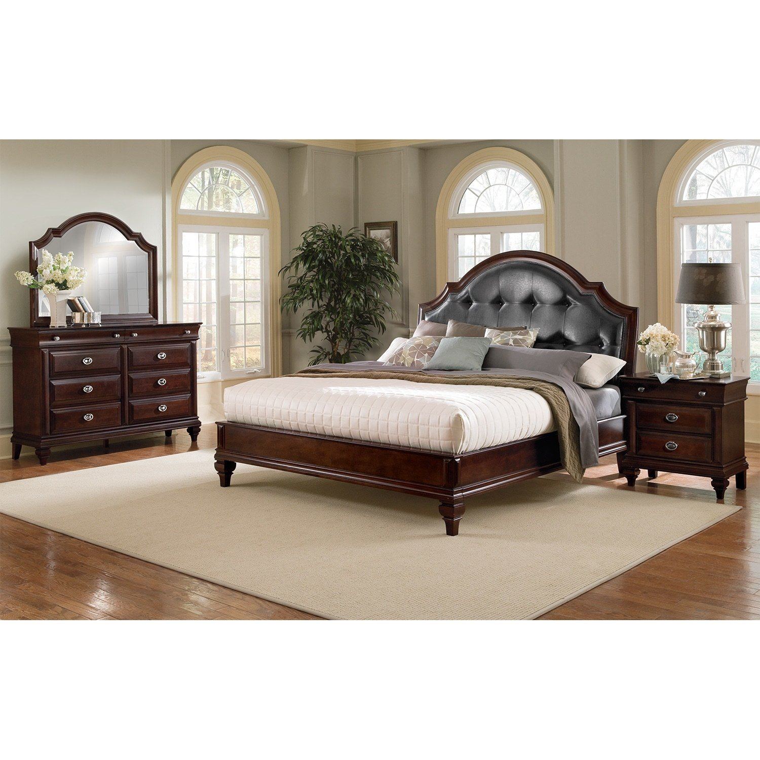 Best Manhattan 6 Piece King Bedroom Set Cherry Value City With Pictures