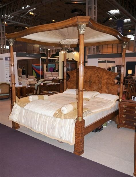 Best Regency Walnut Queen Size Four Poster Bed Bedroom With Pictures