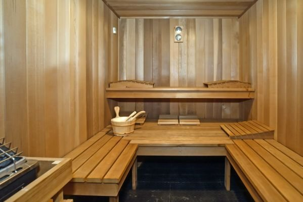 Best If You Want A House With A Sauna Newsday With Pictures