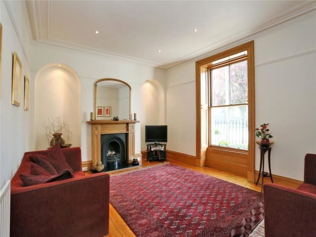 Best Terraced For Rent In Carden Place Aberdeen Ab10 3 With Pictures