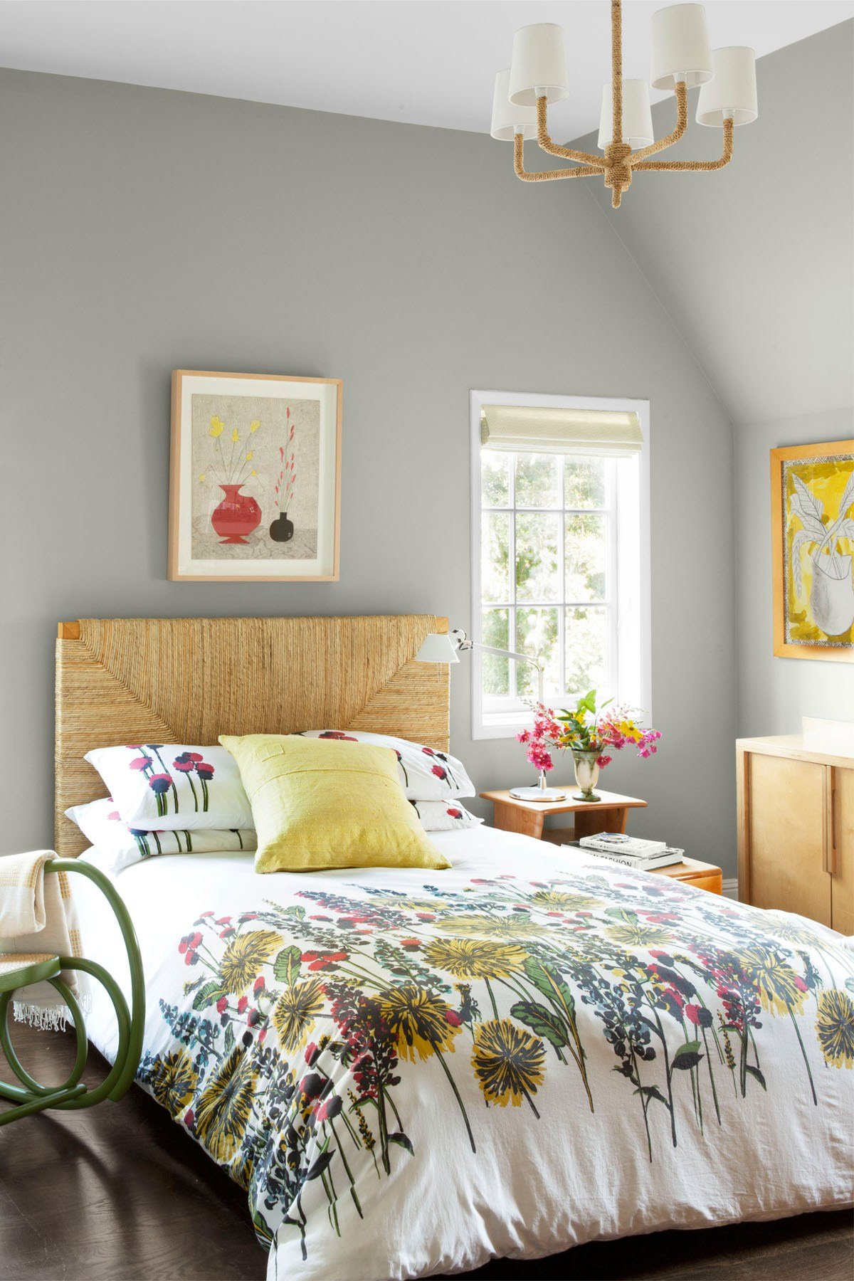 Best Gray Paint For Bedrooms With Pictures   January 2021 13308411854