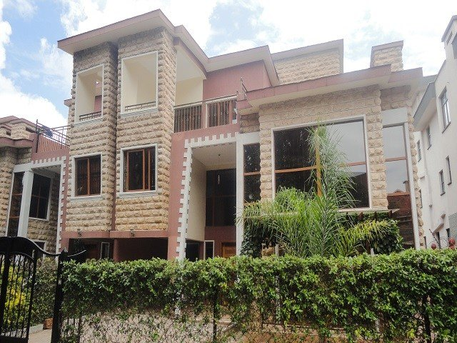 Best 5 Bedroom Townhouse Few Units In Compound Eden Heights With Pictures