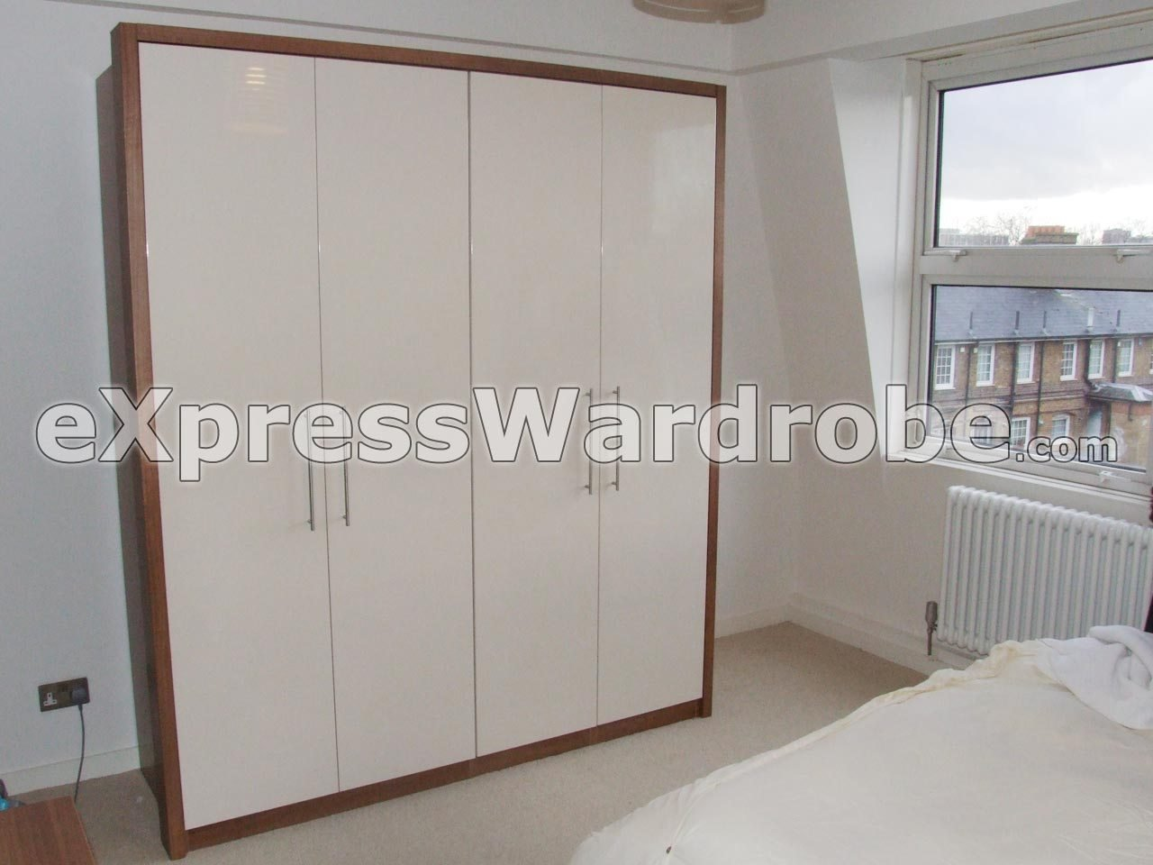 Best Wardrobes Flat Pack Wardrobes Sliding Door Wardrobes With Pictures