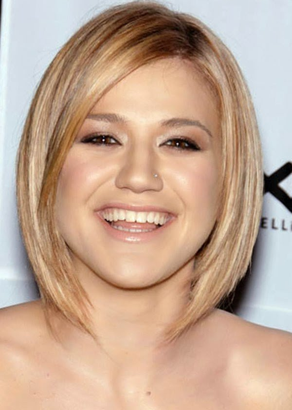 Free Short Hairstyles For Round Faces Women S Fave Hairstyles Wallpaper