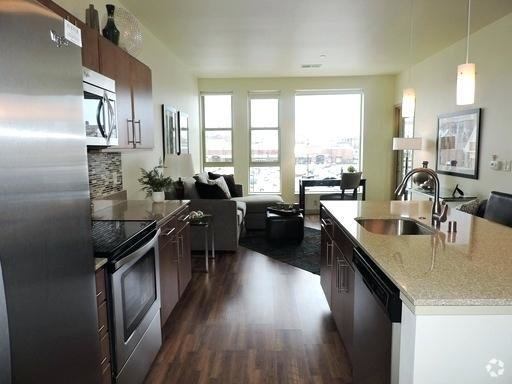 Best 2 Bedroom Apartments For Rent In Milwaukee Wi Online With Pictures