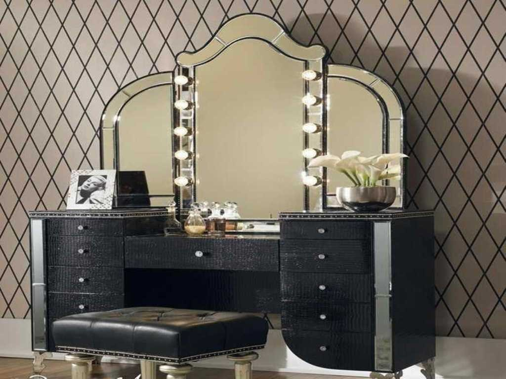 Best Adorable Makeup Vanities For Bedrooms With Lights With Pictures