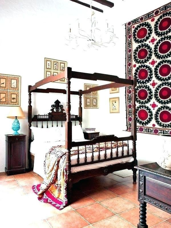 Best What Is Bed In Spanish Bed In Style Bedroom Furniture Old With Pictures