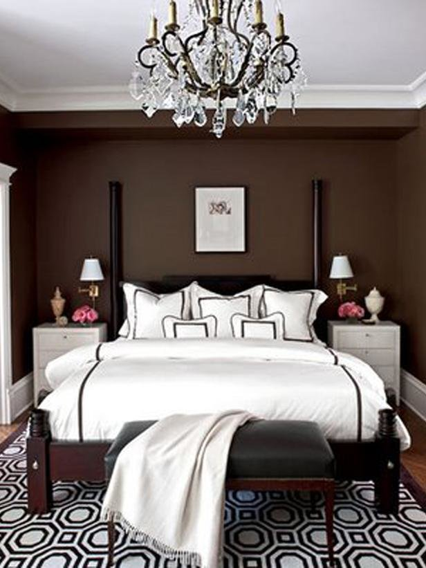 Best Transitional Bedroom Photos Hgtv With Pictures