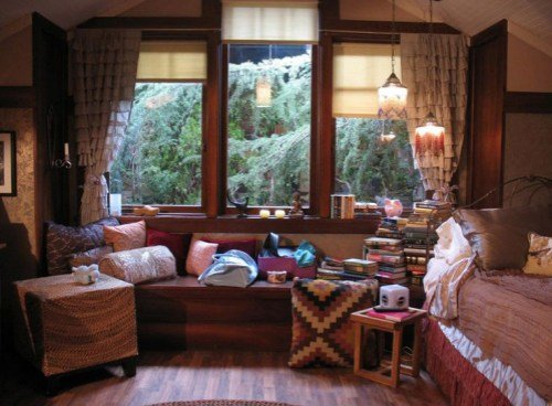 Best 12 Tv Bedrooms You Ll Totally Fall In Love With J 14 With Pictures