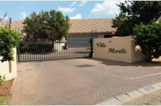 Best 2 Bedroom Pretoria North Townhouses To Rent 61117320 With Pictures