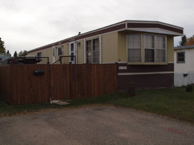 Best Well Cared For And Updated 2 Bedroom Mobile Home In Red With Pictures
