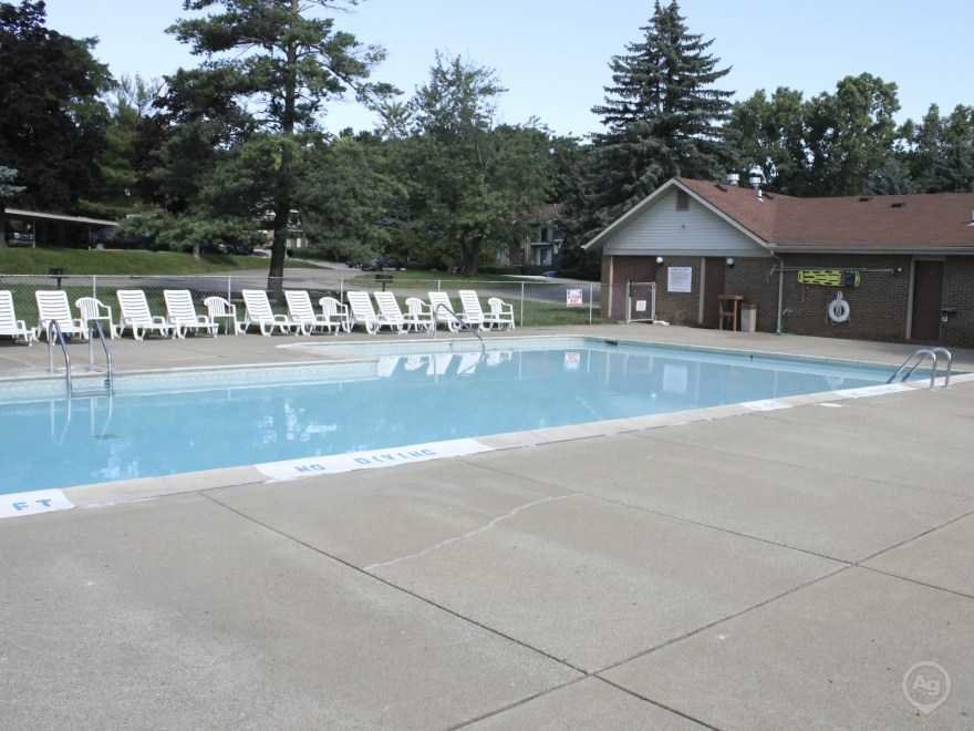 Best Round Hill Apartments Waterford Mi 48327 Apartments With Pictures