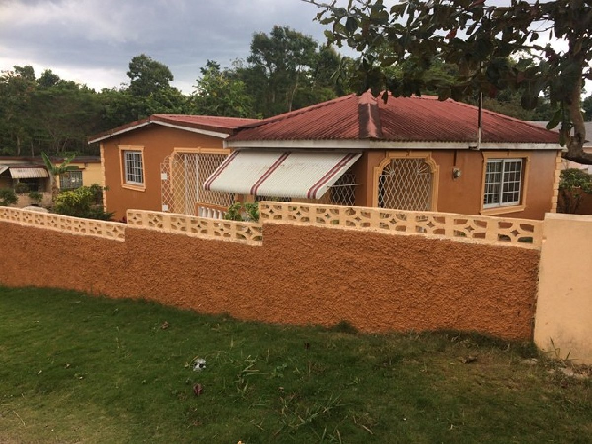 Best 2 Bedroom 2 Bathroom House For Rent In Mandeville With Pictures