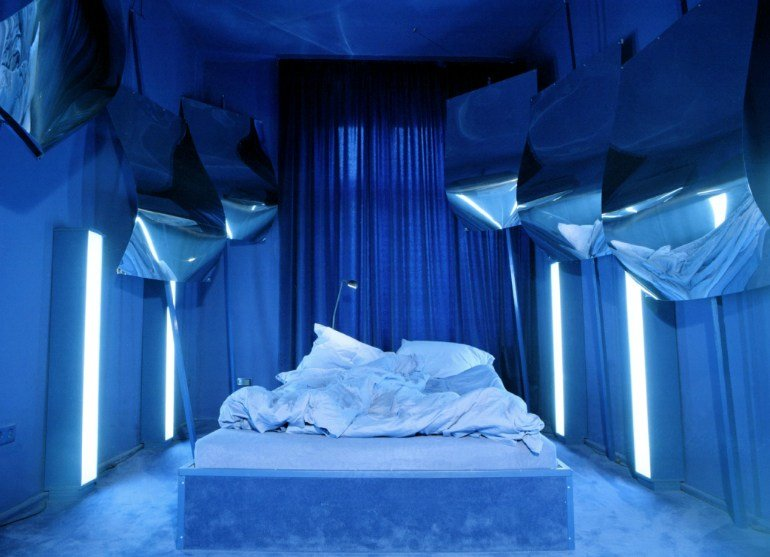 Best The 10 Coolest Bedroom Designs Around The World – Master With Pictures