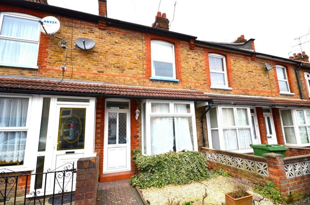 Best 2 Bedroom House For Sale In Brighton Road Watford Wd24 Wd24 With Pictures