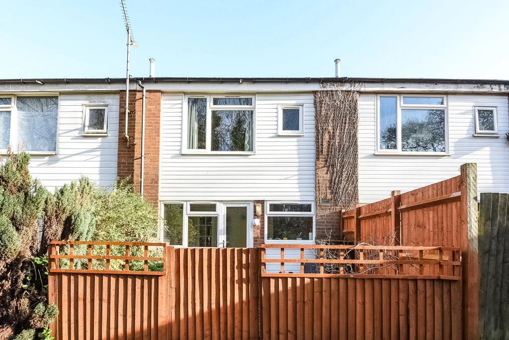 Best 3 Bedroom House For Sale In Reading Berkshire Rg2 With Pictures