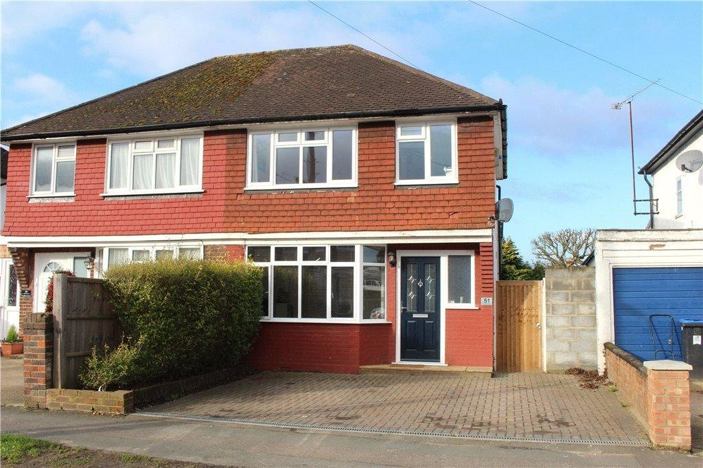 Best 3 Bedroom House For Sale In Woking Surrey Gu22 Gu22 With Pictures