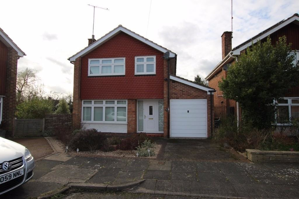 Best 3 Bedroom Detached House For Sale In Rothwell Close With Pictures