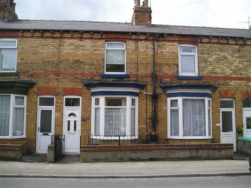 Best 2 Bedroom Terraced House To Rent In Commercial Street Scarborough Yo12 With Pictures
