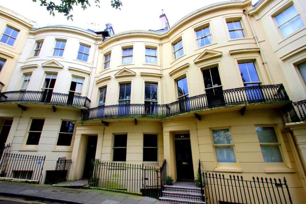 Best 2 Bedroom Apartment To Rent In Powis Square Brighton Bn1 With Pictures