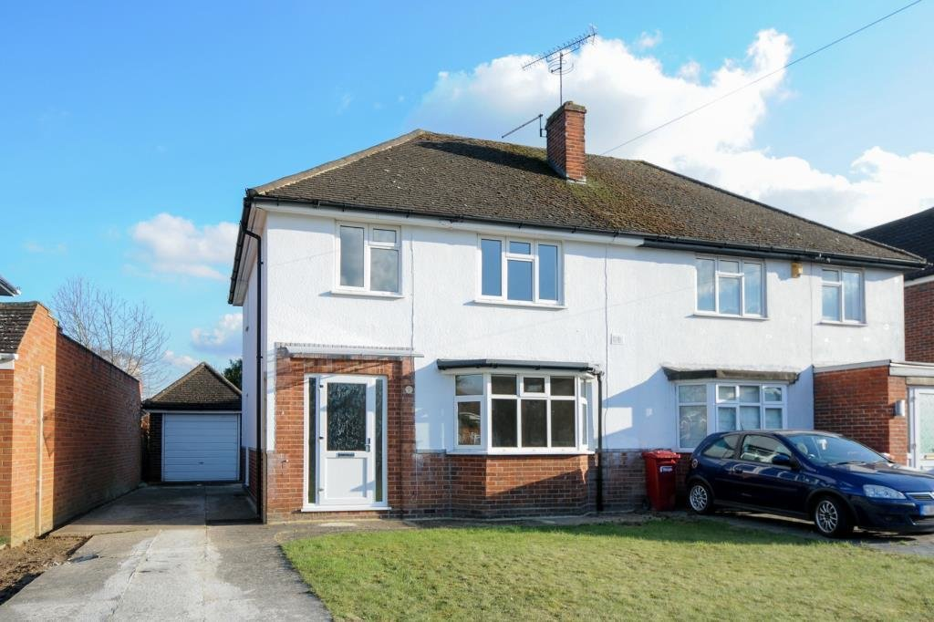 Best 3 Bedroom House To Rent In Castleview Road Slough Sl3 With Pictures