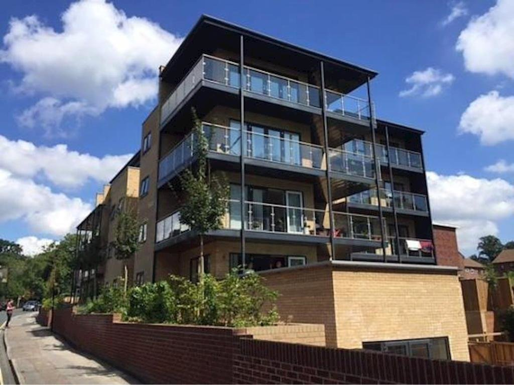 Best 1 Bedroom Flat To Rent In Simco Court Southampton So15 So15 With Pictures