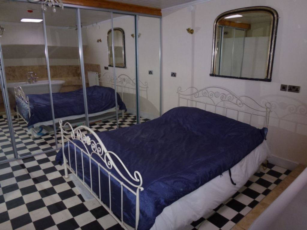 Best 2 Bedroom House Boat For Sale In New Quay Lane Melton With Pictures