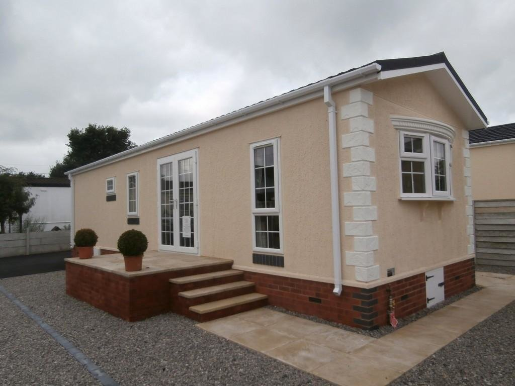 Best 2 Bedroom Mobile Home For Sale In Chapel Lane Wythall B47 With Pictures