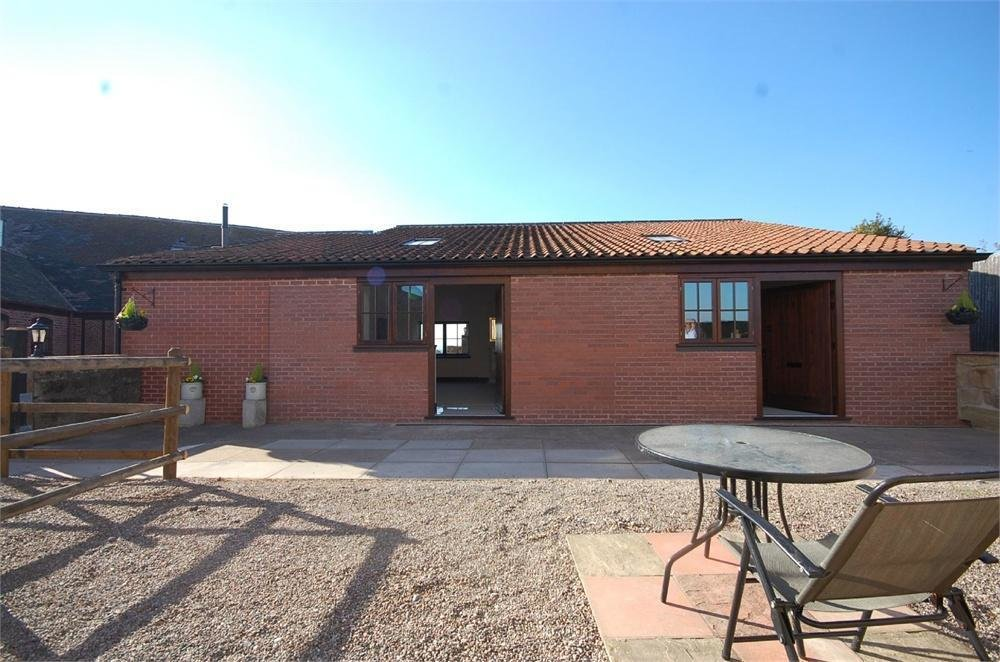 Best 4 Bedroom Detached House To Rent In Park Farm Buildings With Pictures