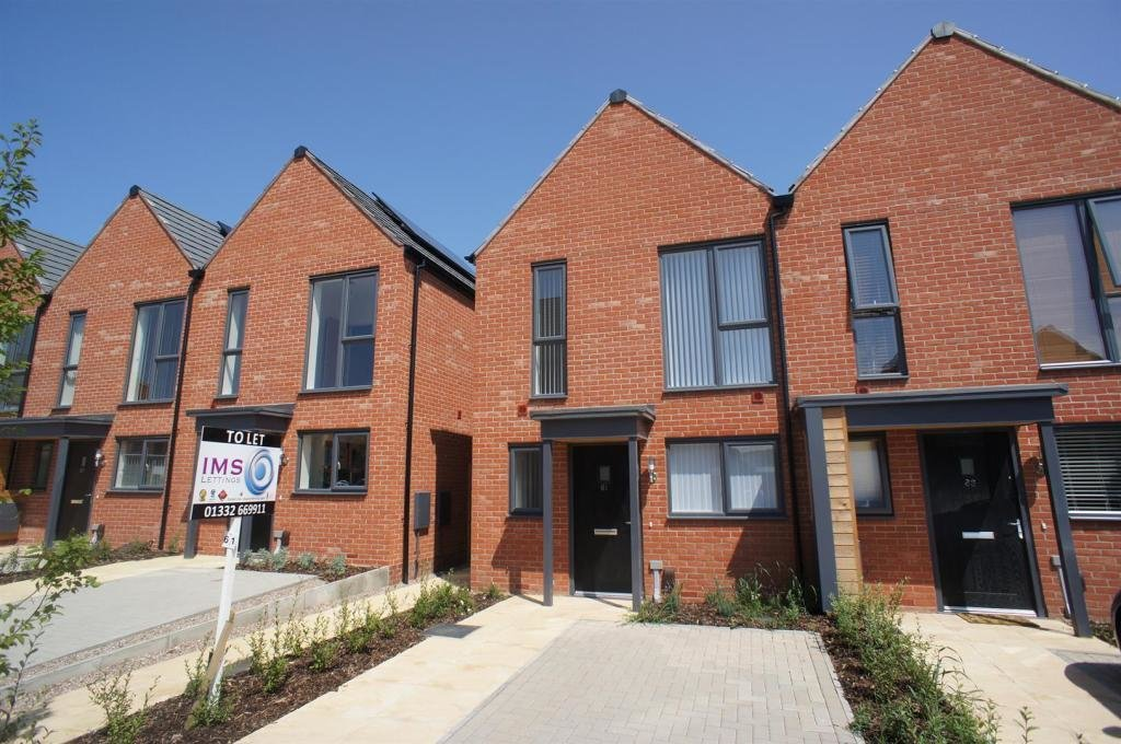 Best 2 Bedroom Town House To Rent In Prince Georges Drive Kingsway Derby De22 With Pictures