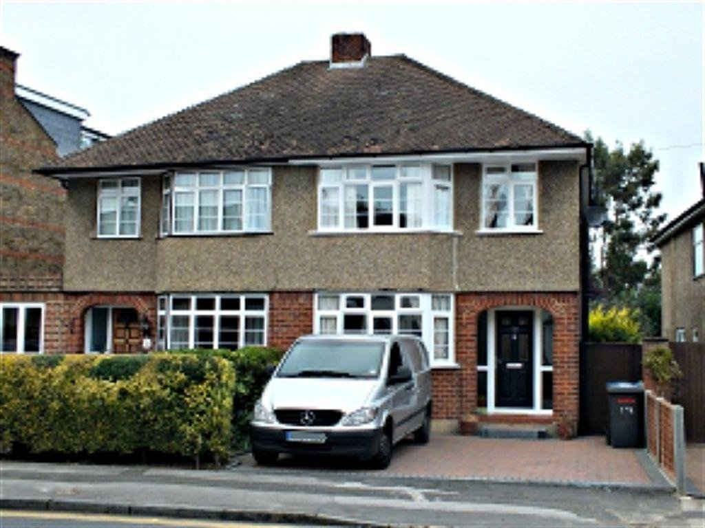 Best 3 Bedroom House To Rent In Bolton Road Windsor Berkshire With Pictures