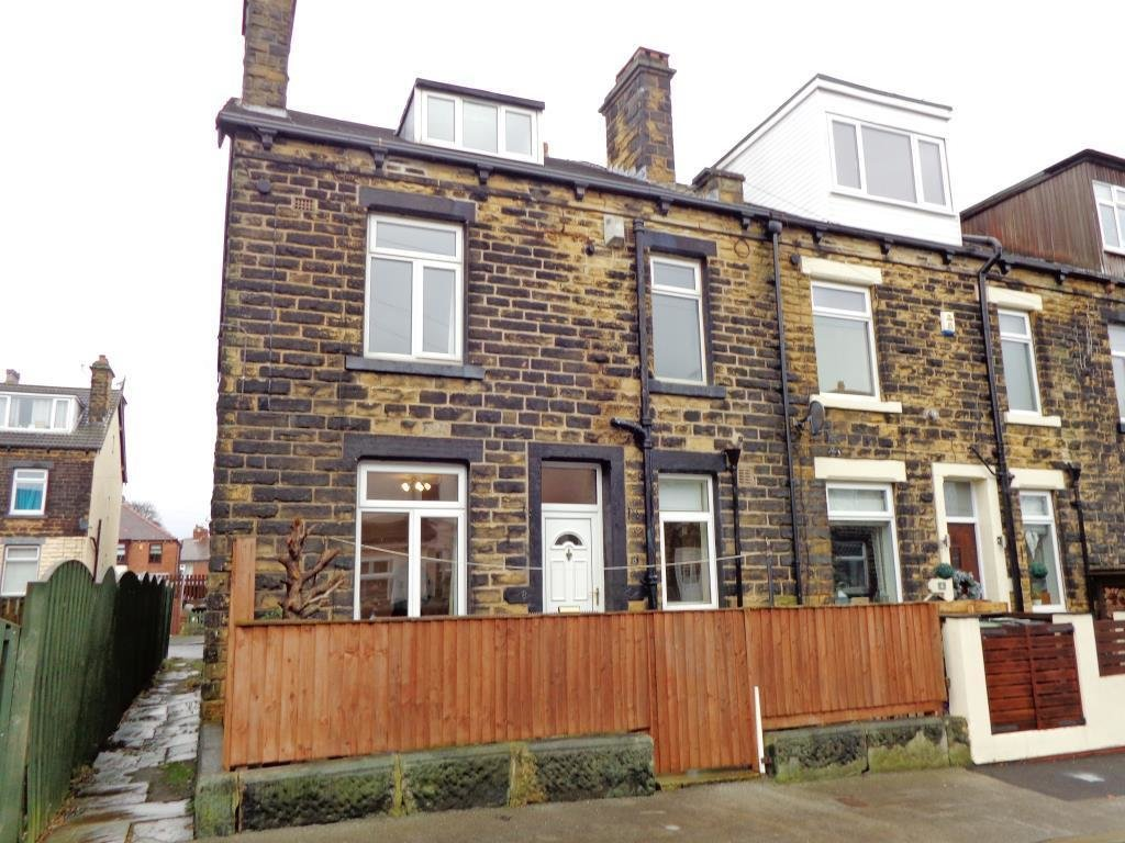 Best 2 Bedroom Terraced House To Rent In Ferncliffe Terrace Bramley Leeds West Yorkshire Ls13 With Pictures