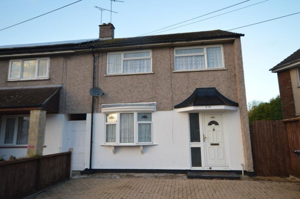 Best 3 Bedroom House To Rent In Whitbourne Avenue Swindon With Pictures