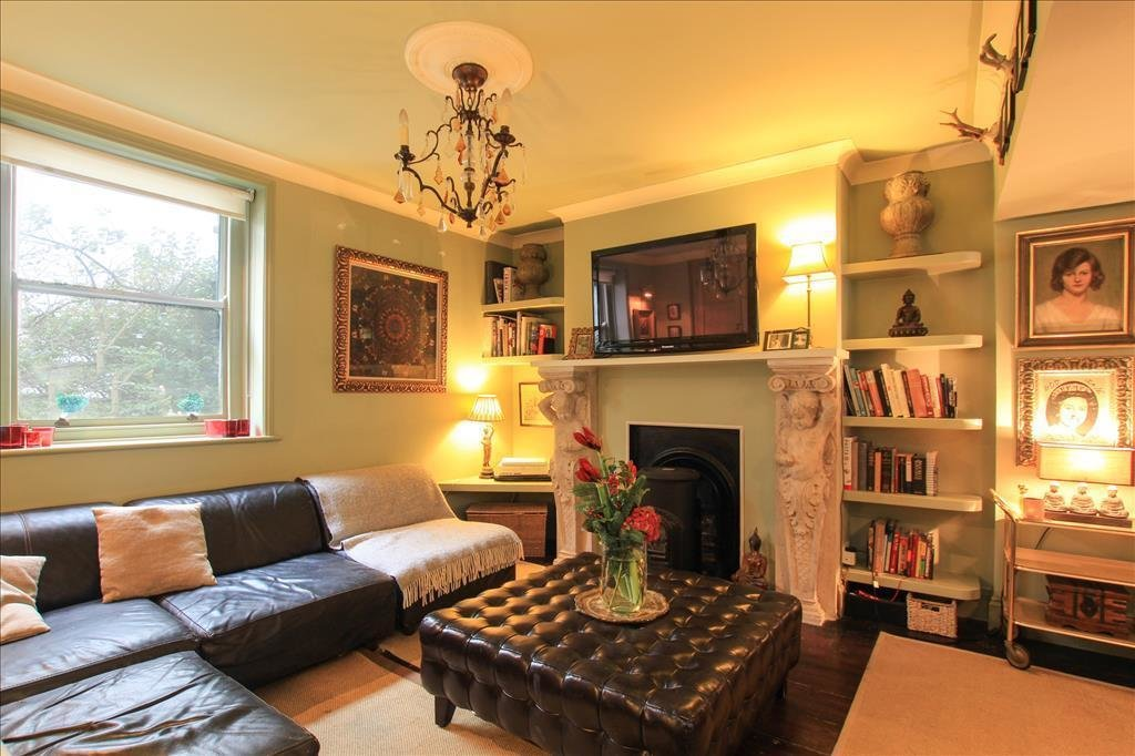 Best 3 Bedroom Terraced House For Sale In Charles Street Brighton Bn2 With Pictures